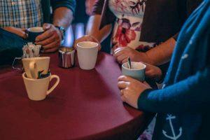 koffiedrinken en ontmoeting